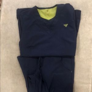 Xs med couture scrubs
